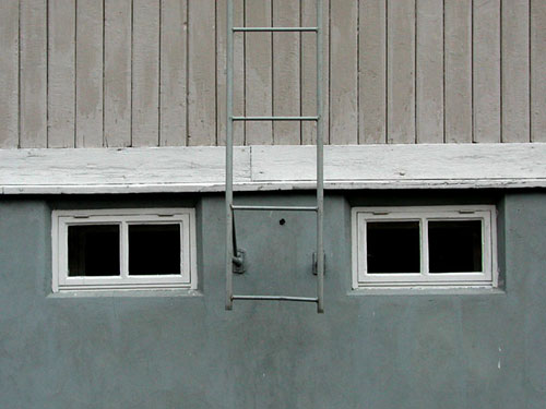 Kellarin ikkunat