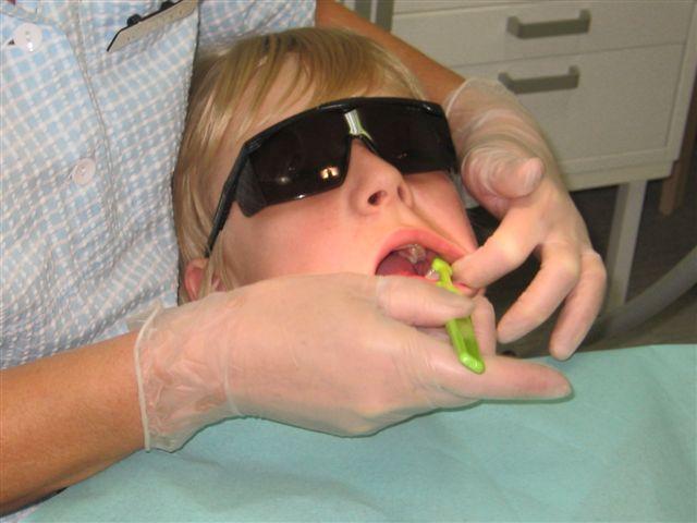 Hammashoitoa hammashoitolassa