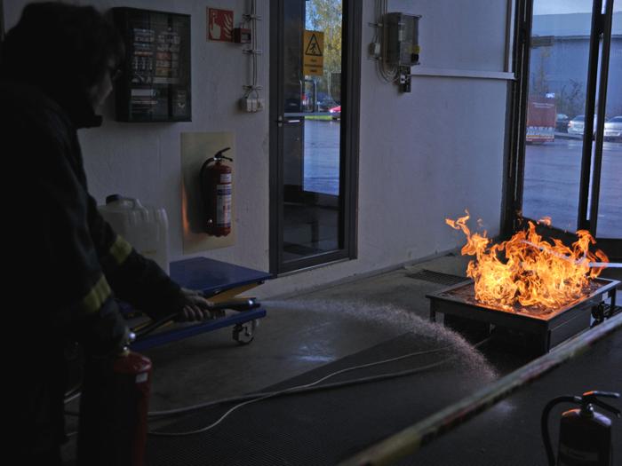 Sammuttaa palo