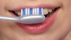 Valokuva hammaspesusta