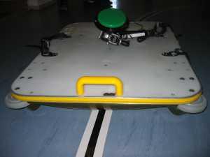 moottoroitu mahalauta, jossa on painikeohjaus